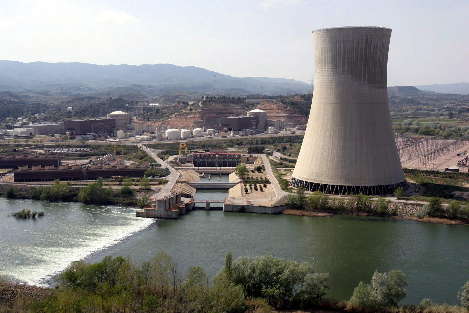 Las centrales españolas Trillo y Ascó II con paradas programadas para recarga de combustible