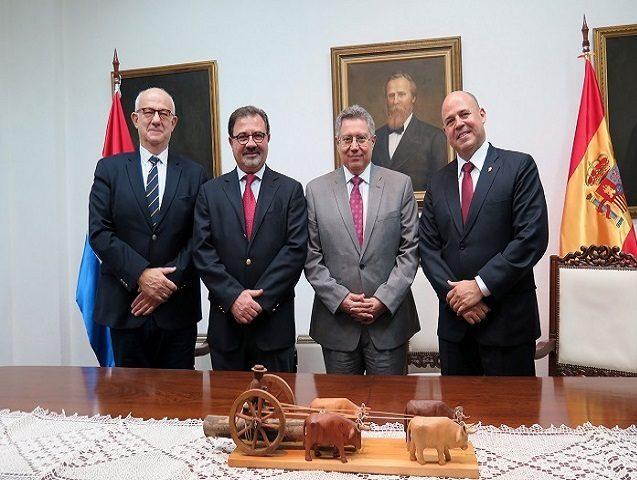 Organismos regulatorios de España y Paraguay firman acuerdo