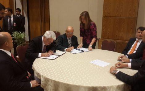 CNEA y la Universidad Nacional de Asunción firman acuerdo en Paraguay