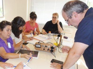 Capacitación gratuita para docentes de nivel primario en el Centro Atómico Bariloche