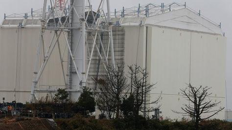 Instalan una cubierta en el reactor 3 de Fukushima