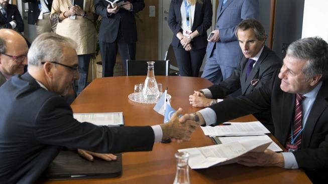 Especialistas de Argentina y del OIEA trabajan sobre la seguridad radiológica