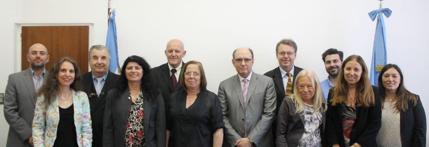 La ARN presentó documentos de interés regulatorio para la comunidad internacional