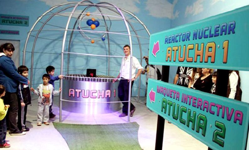 Nucleoeléctrica en Expo Lima