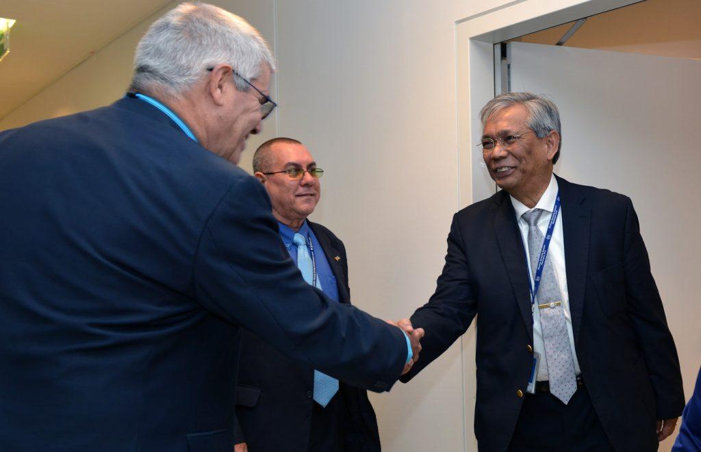 El Director del Departamento de Seguridad Física Nuclear del OIEA visita Atucha en su gira por América del Sur.
